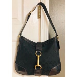 Coach D0768-11058 Coach Hampton hobo bag